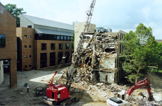 C-S93, Demolition of Wallberg Hall of Science, August 1998. Augustana College Photograph Collection.